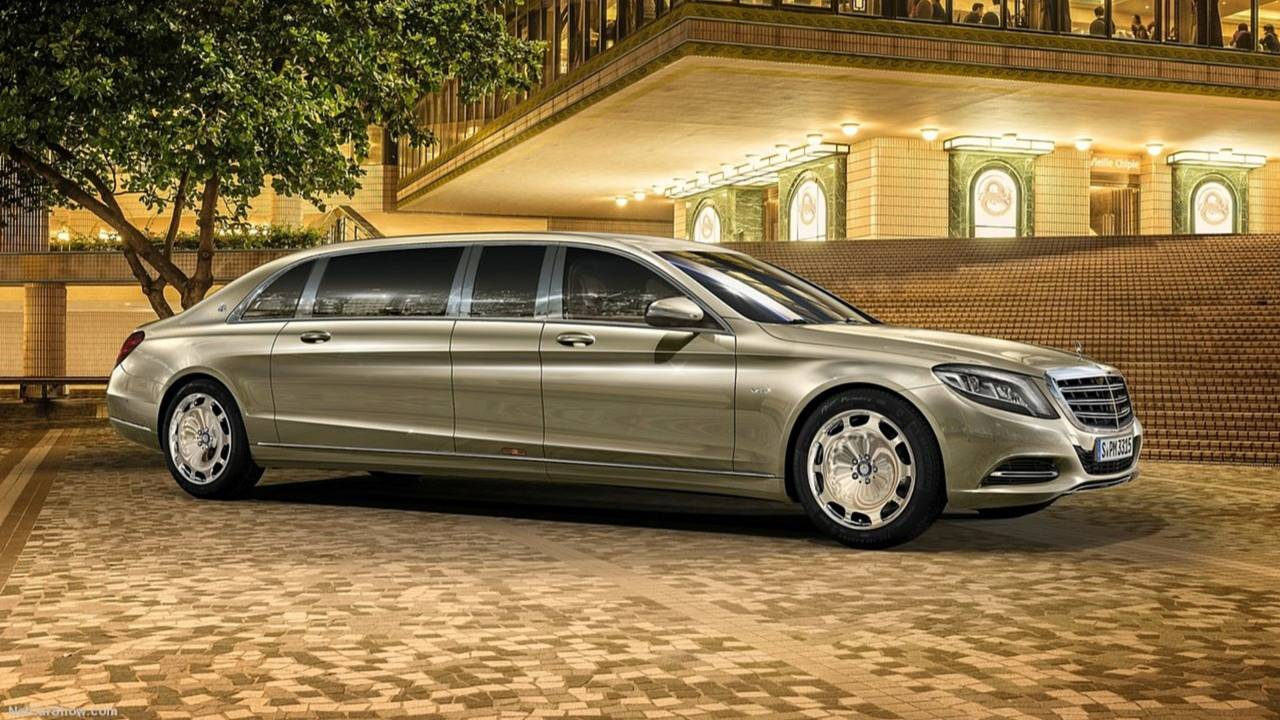 Mercedes-Benz S600 Maybach Pullman - 1.140.000 euros