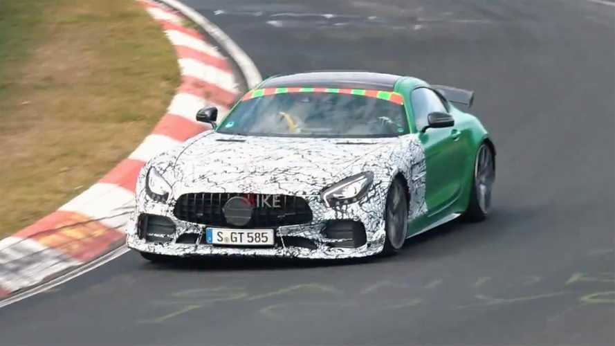 AMG GT'nin birden fazla versiyonu test edilirken görüntülendi