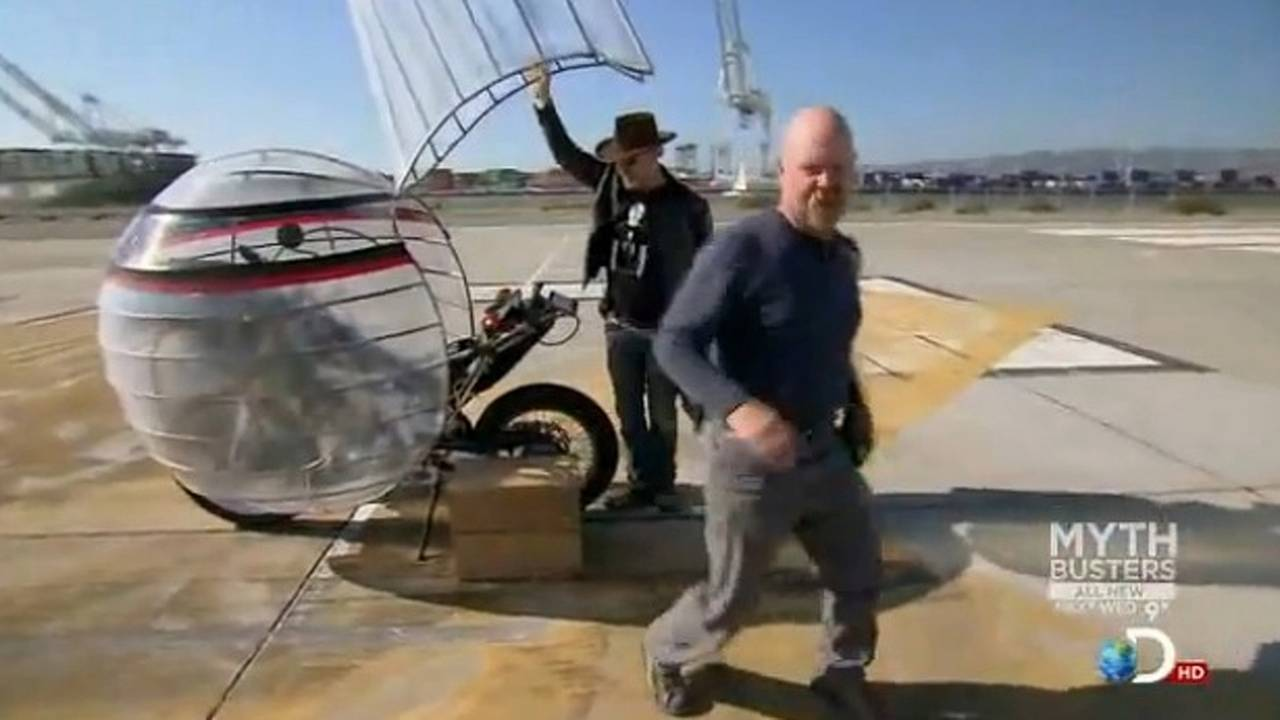 The Mythbusters motorcycle pollution episode