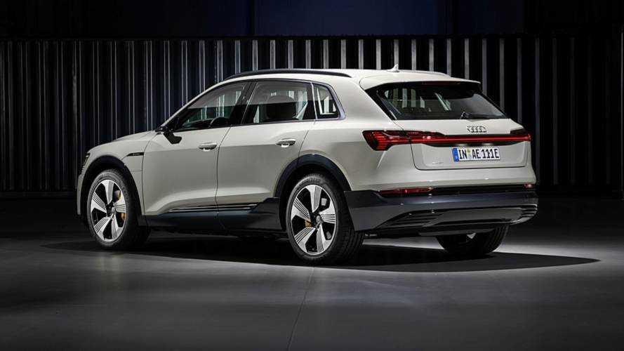 Szoftvergondok miatt csúszik az Audi e-tron értékesítésének beindítása