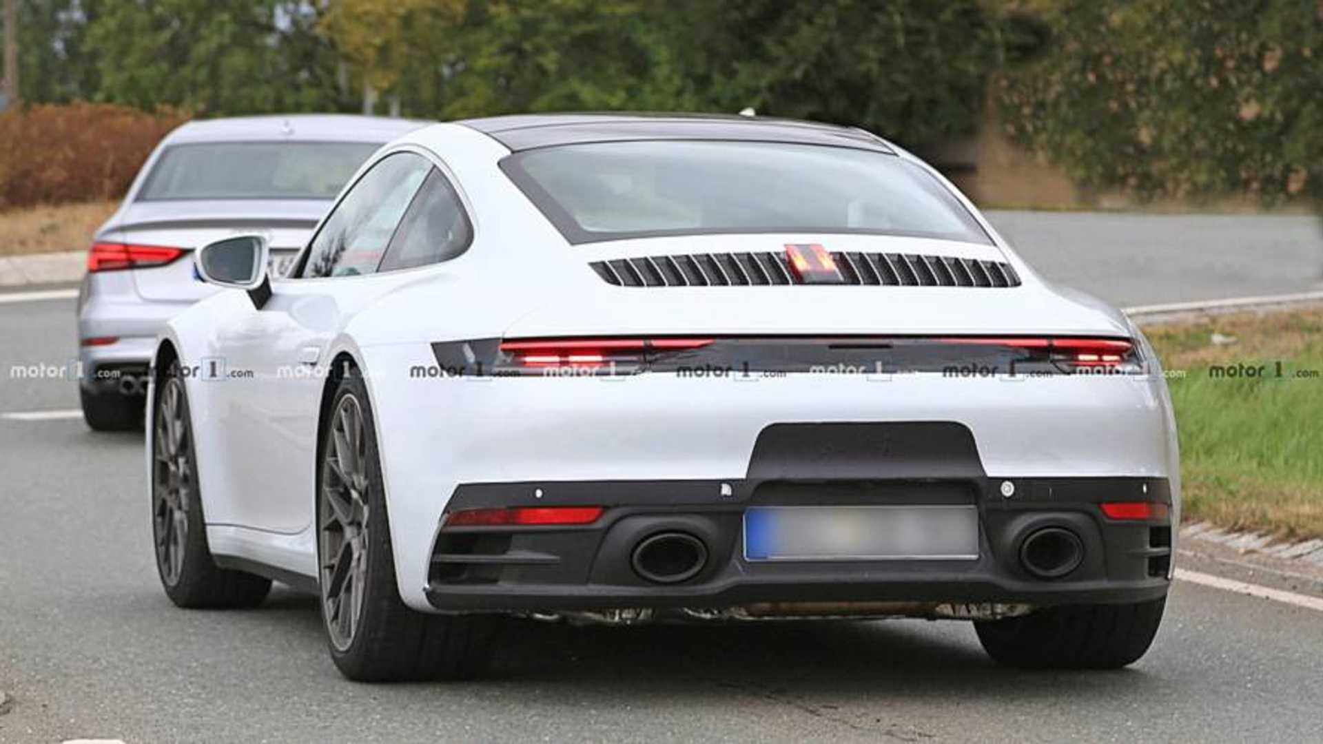 2018 - [Porsche] 911 - Page 8 Porsche-911-white-spy-shots