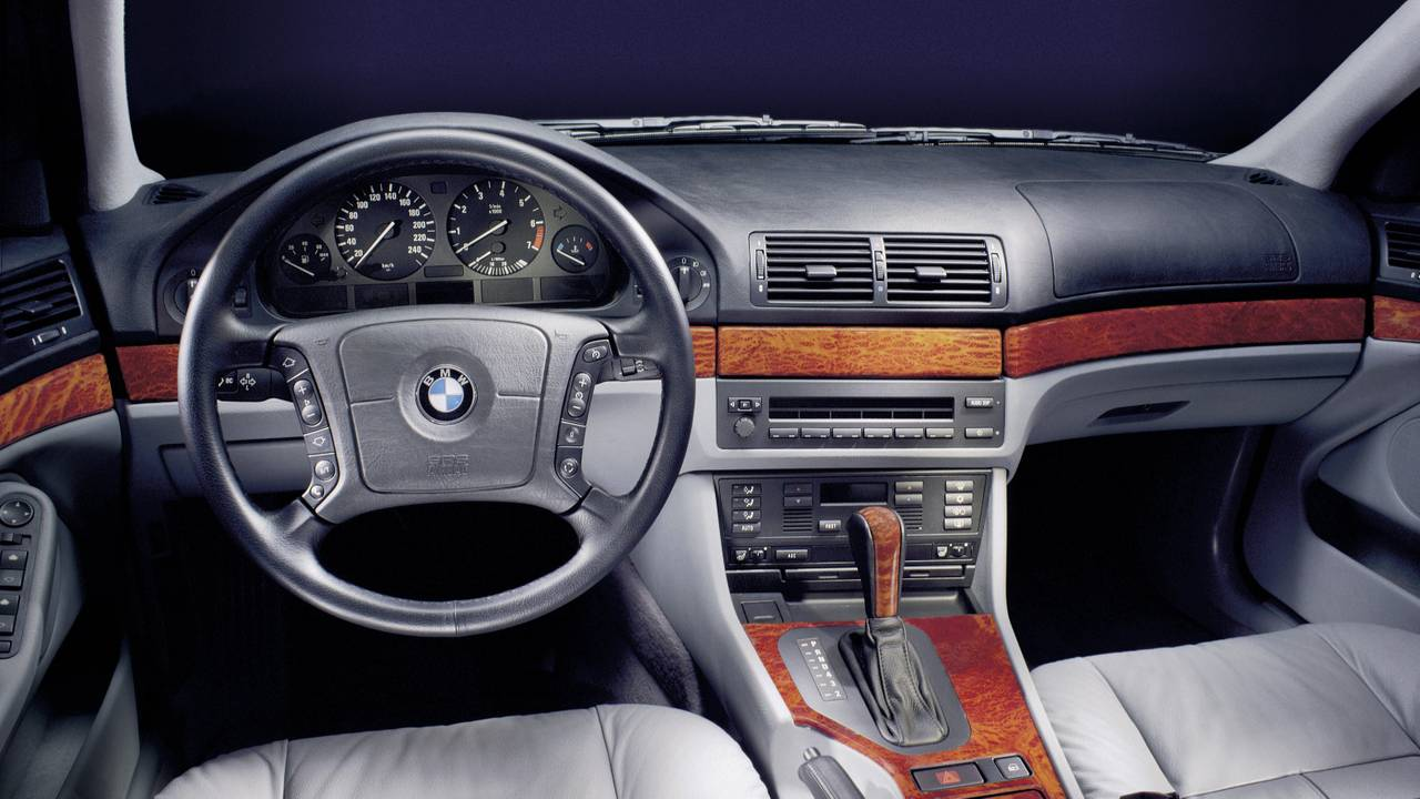 Verbazingwekkend The New BMW 3 Series Is Bigger Than An E39 5 Series HT-93