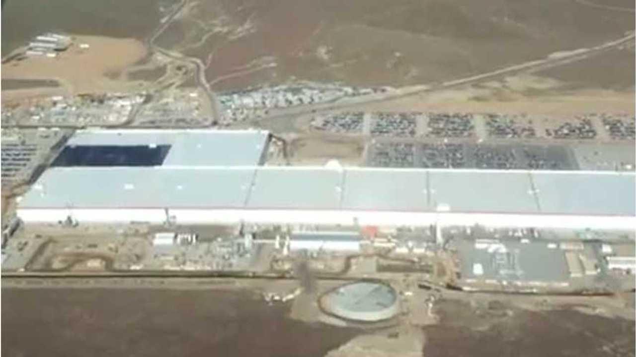 Tesla Gigafactory Employees Use Local University Dorms For Temp Housing