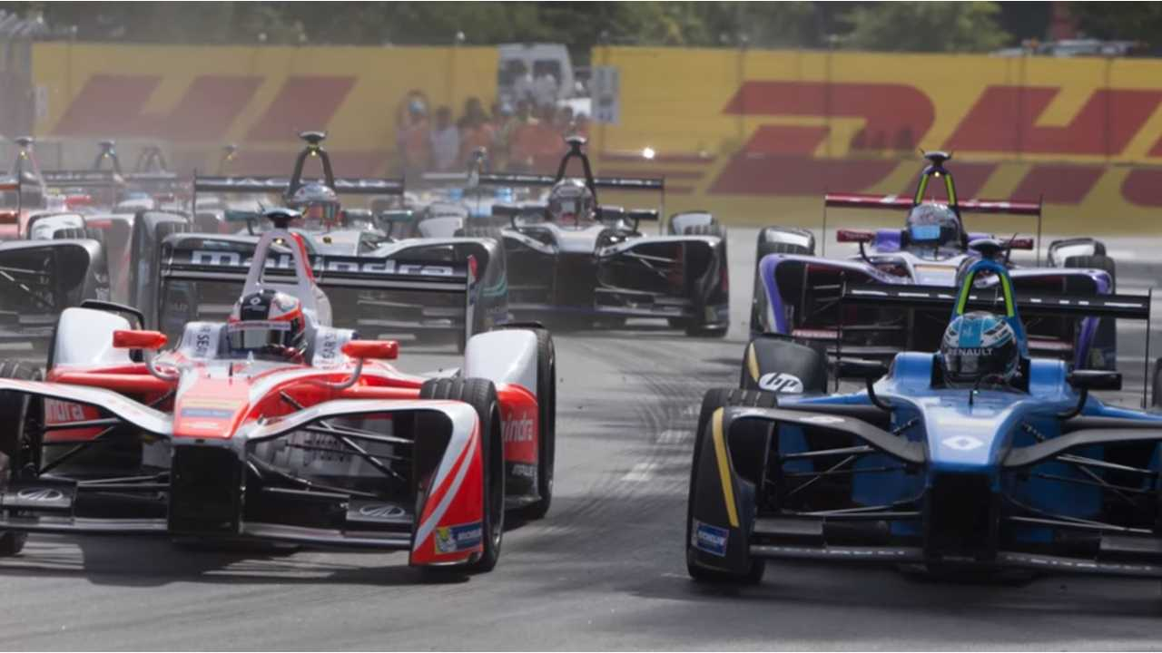 A Closer Look At An All-Electric Formula E Racer - Video