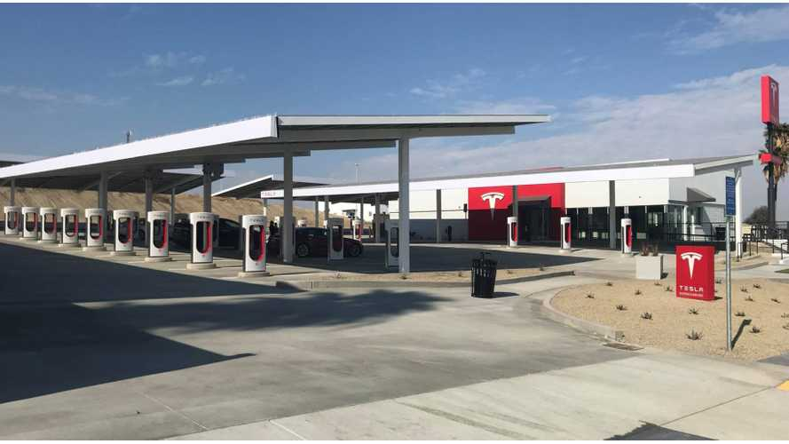 Tesla's New Mega Supercharger Stations Offer Food, Play Area, Lounge (video)