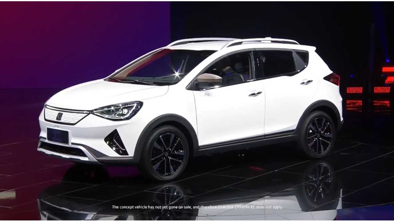 Volkswagen Unveils JAC SOL E20X Electric SUV In China
