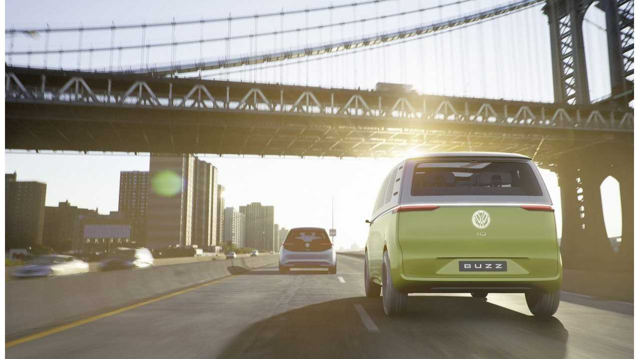 VW ID BUZZ: expected to market ~24 months after the ID hatchback (left in front)