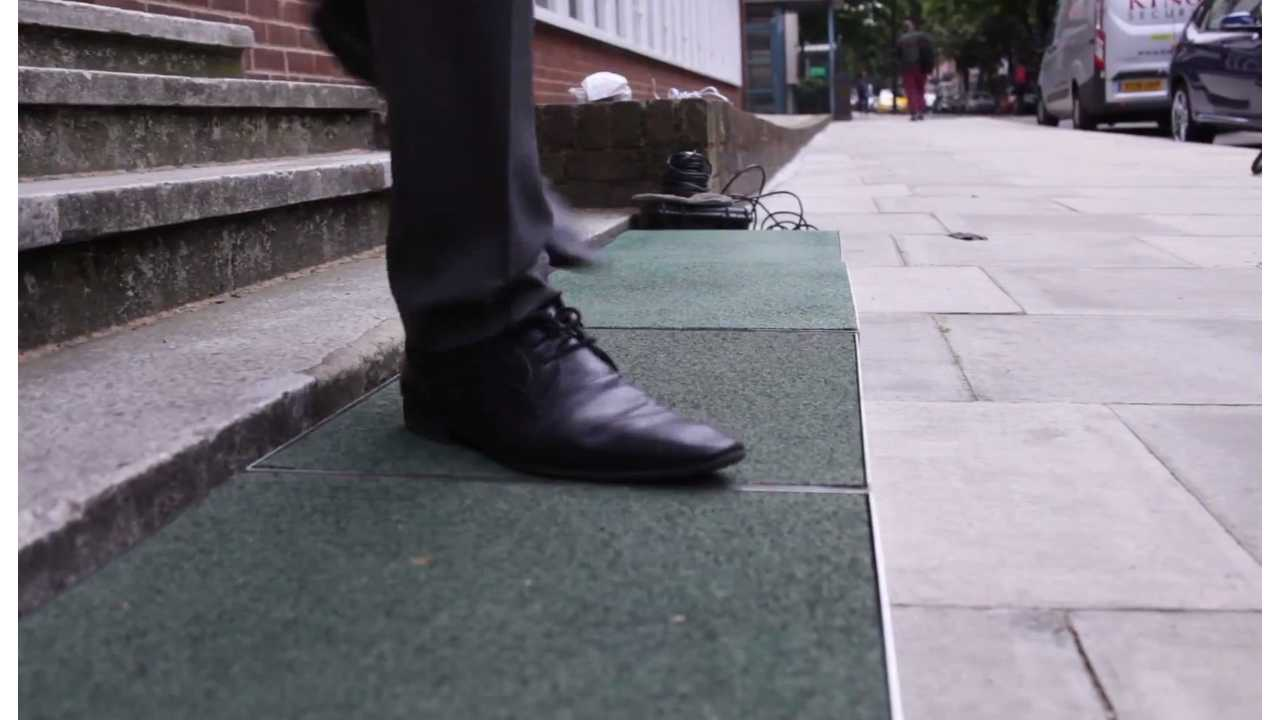 Pavegen - Charging by walking