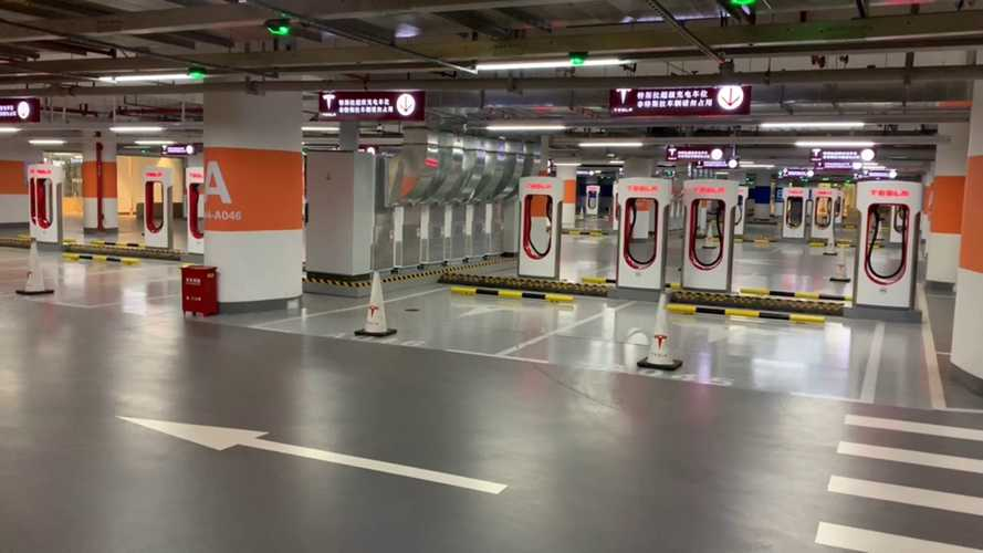 See The World's Largest Tesla Supercharger: Video