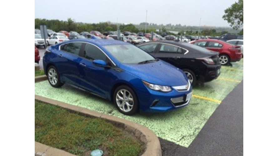 Surprise Test Drive of the 2016 Chevrolet Volt
