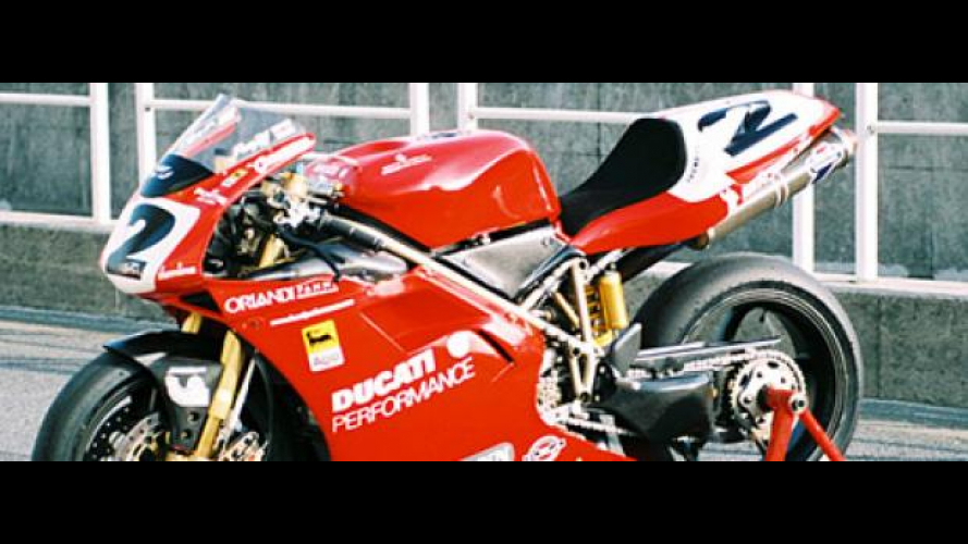In vendita una Ducati 996 SBK appartenuta a Carl Fogarty