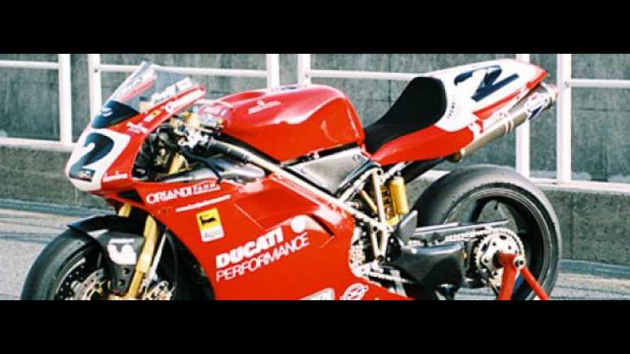 In vendita una Ducati 996 SBK appartenuta a Carl Fogarty