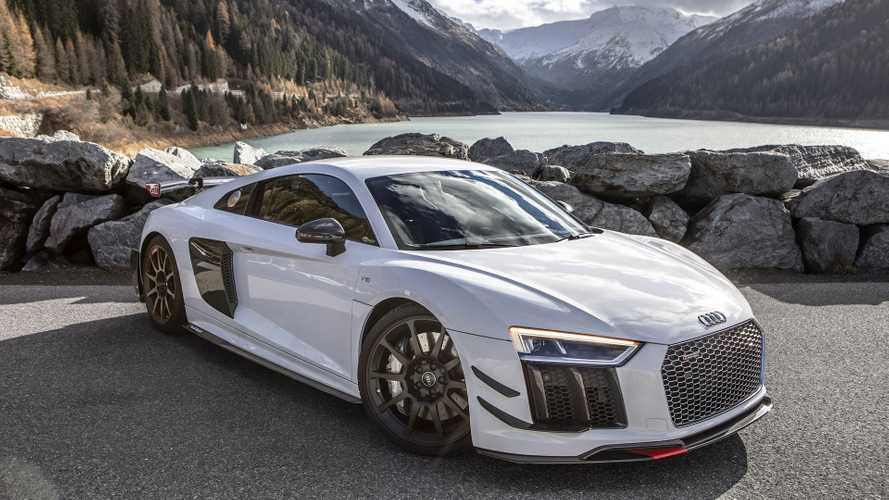 Naturally Aspirated Vs. Twin Turbo: Audi R8 Acceleration Test