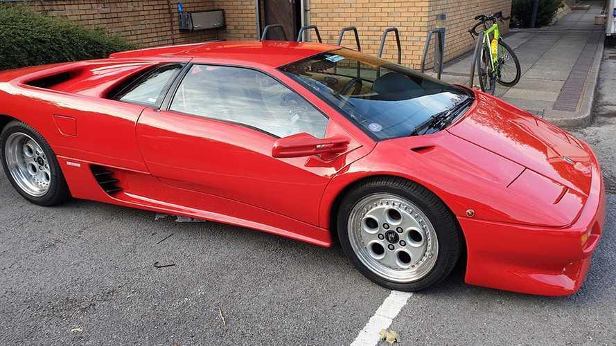 Ezúttal egy Lamborghini Diablót sikerült összetörni a Top Gear stábjának