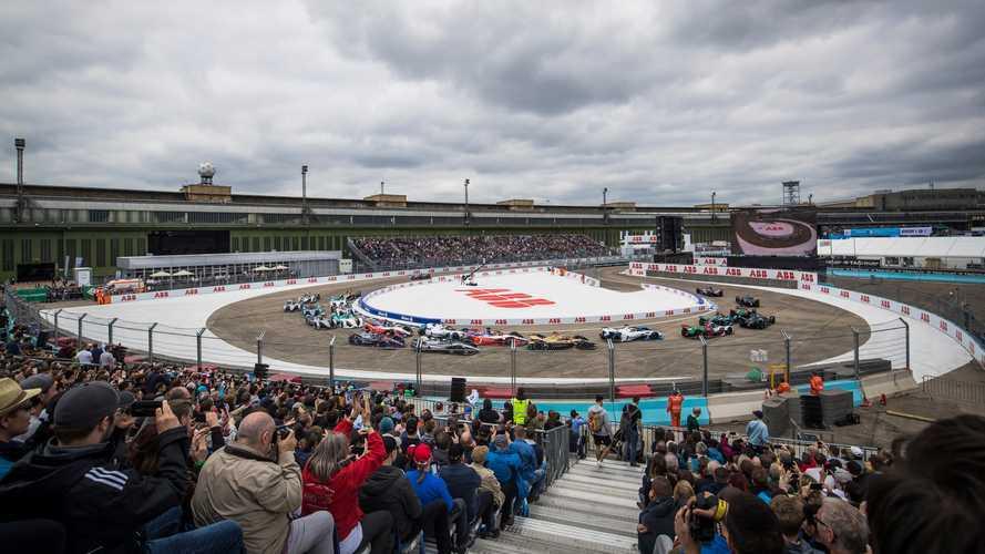 Сезон Формулы Е возобновится в августе
