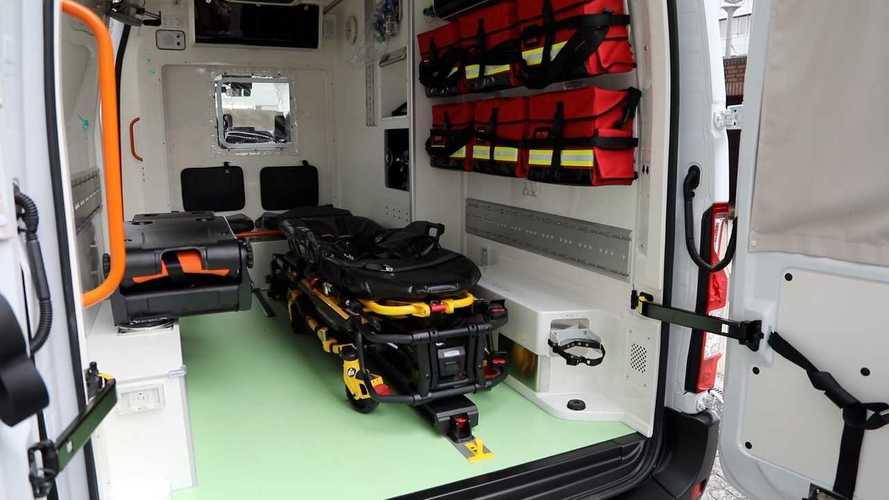Автомобиль скорой помощи Nissan NV400 EV
