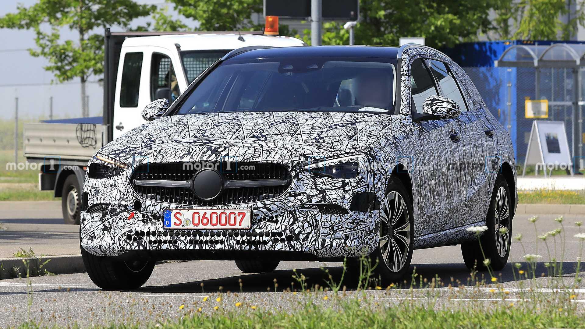 Mercedes C-Klasse T-Modell (2021) erstmals als Erlkönig ...