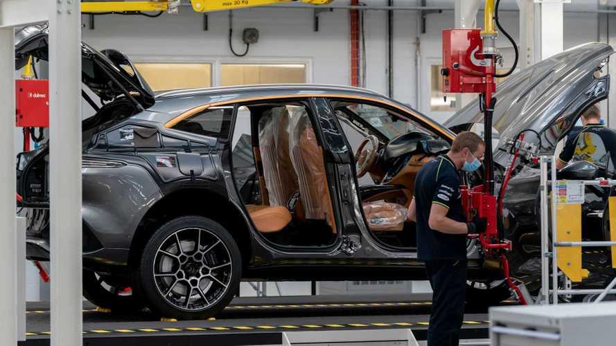 Aston Martin начал серийное производство первого кроссовера