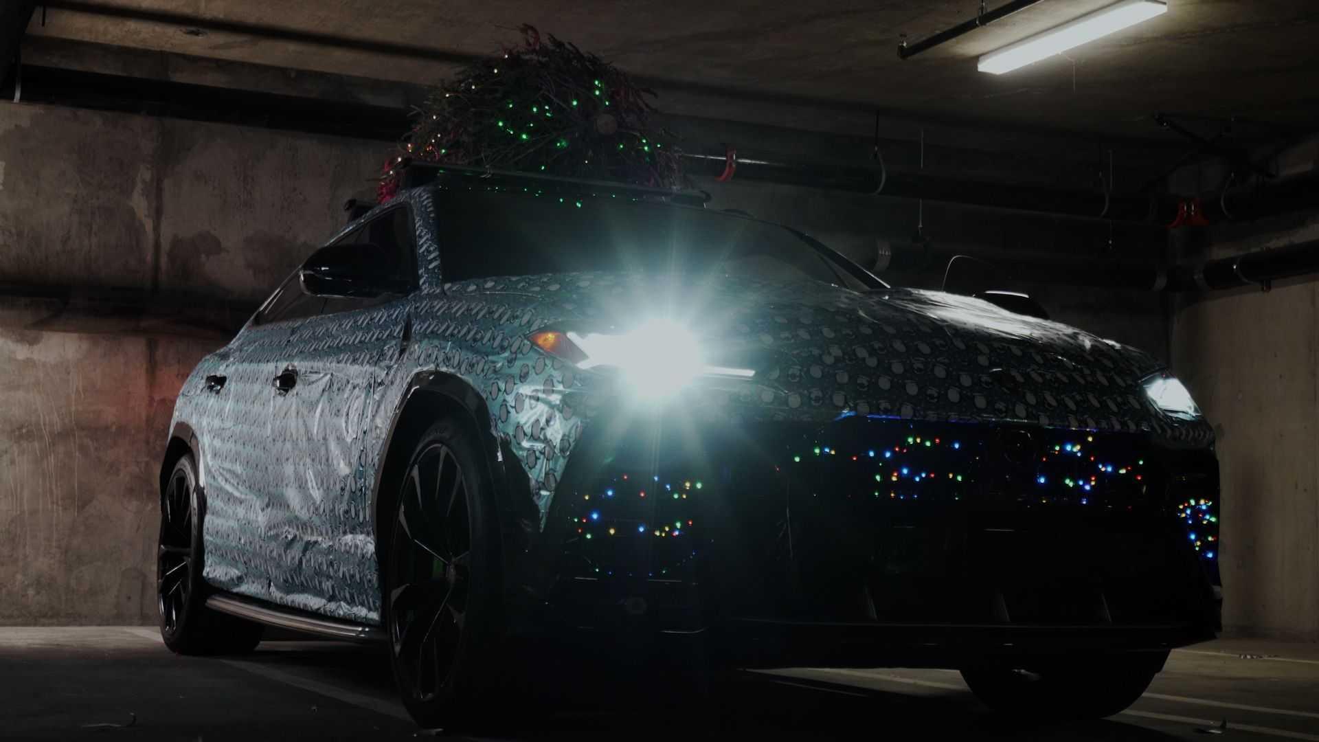 Gift Wrapped Lamborghini Urus
