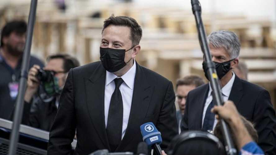 Elon Musk ha davvero il Coronavirus? È subito giallo (con polemiche)