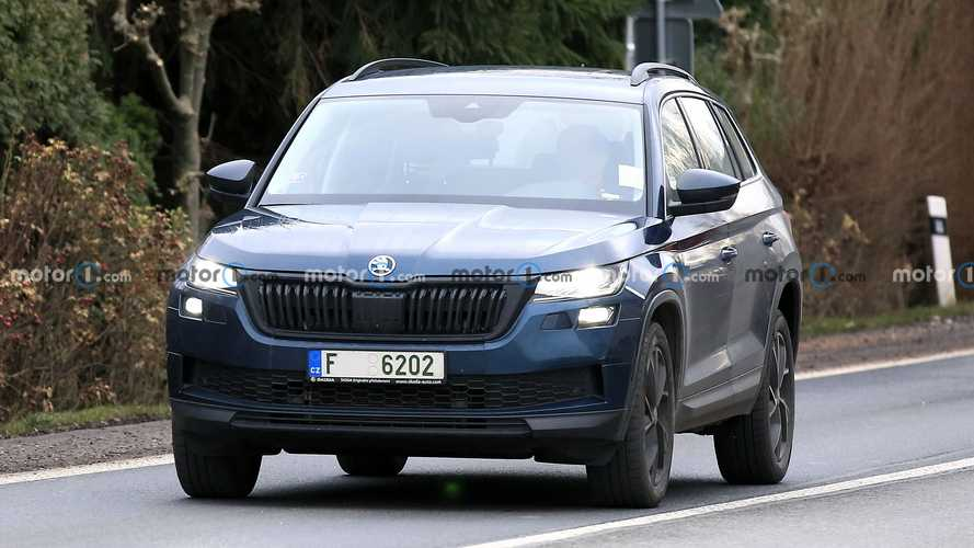 2021 Skoda Kodiaq facelift new spy photos