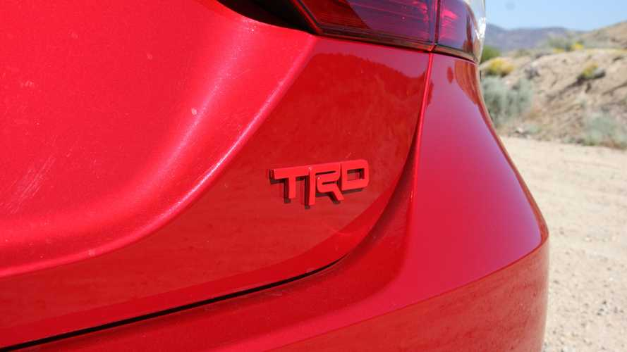 Review Toyota Camry TRD 2020