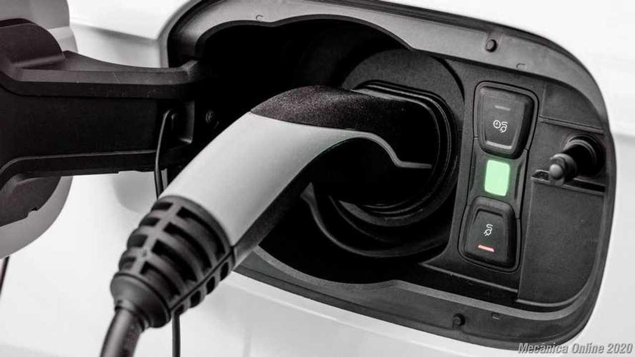 Veículos híbridos plug in solução ou transição -  (11)