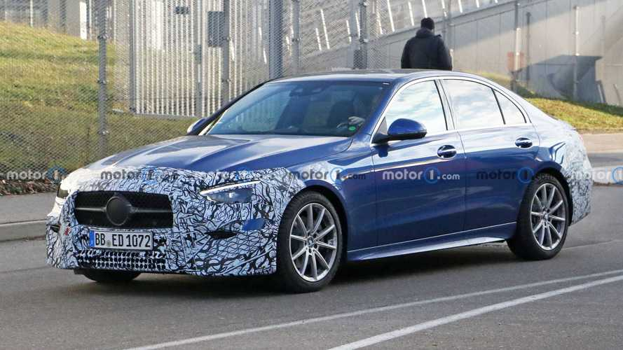 2022 Mercedes C-Class spied looking ready for world premiere