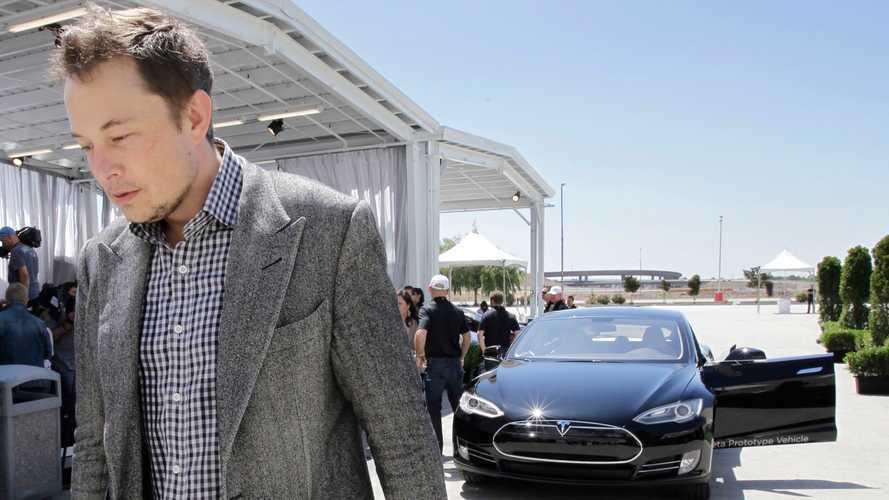 Elon Musk; internet güncellemesi ile Model S menzili gelişecek