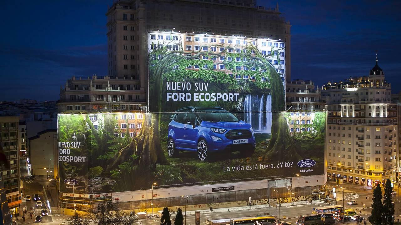 Ford's Biggest Billboard World Record