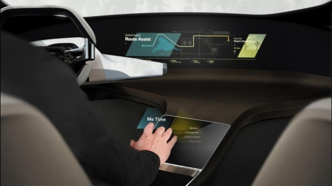 "[Copertina] - BMW HoloActive Touch, il touch screen diventa ""virtuale"""