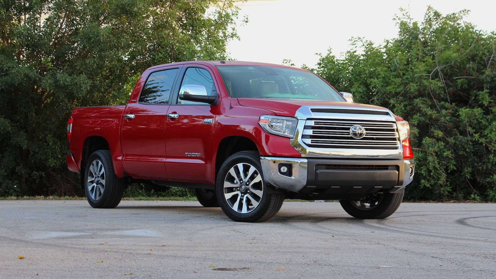 Toyota Tundra Towing Capacity >> 2018 Toyota Tundra Review: Oldie But Goodie