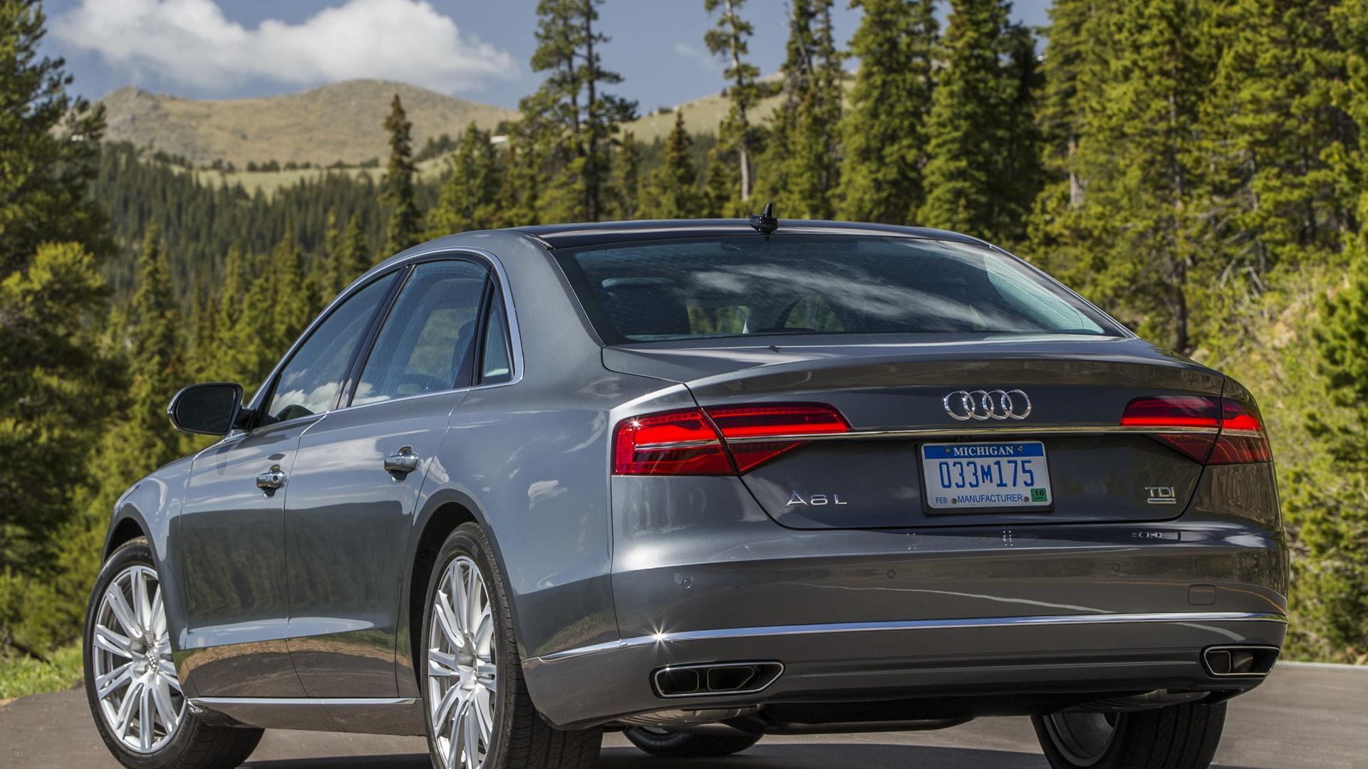 Kelebihan Audi D4 Perbandingan Harga