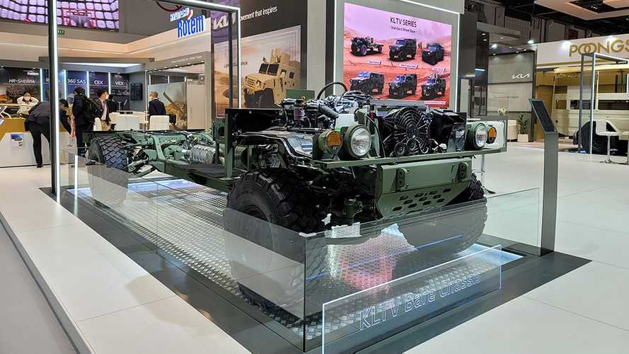 Kia LIght Tactical Cargo Truck And Bare Chassis Concepts