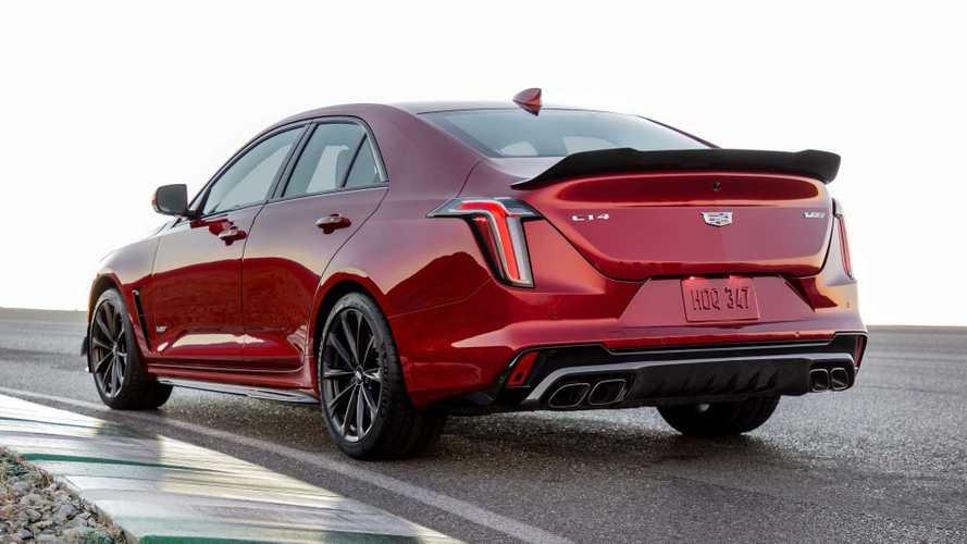 Cadillac CT4'ün en performanslı versiyonu CT4-V Blackwing tanıtıldı!