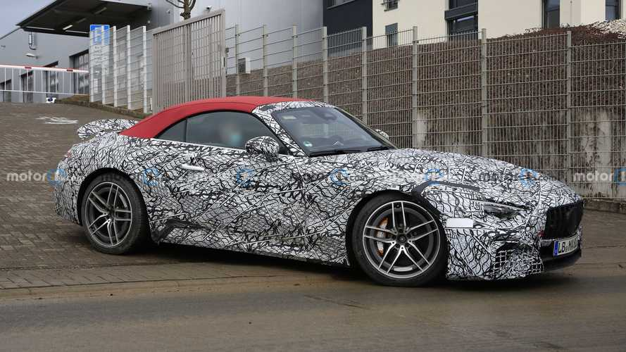 2022 Mercedes SL Spied As Gorgeous Redhead Wearing A Lot Of Makeup