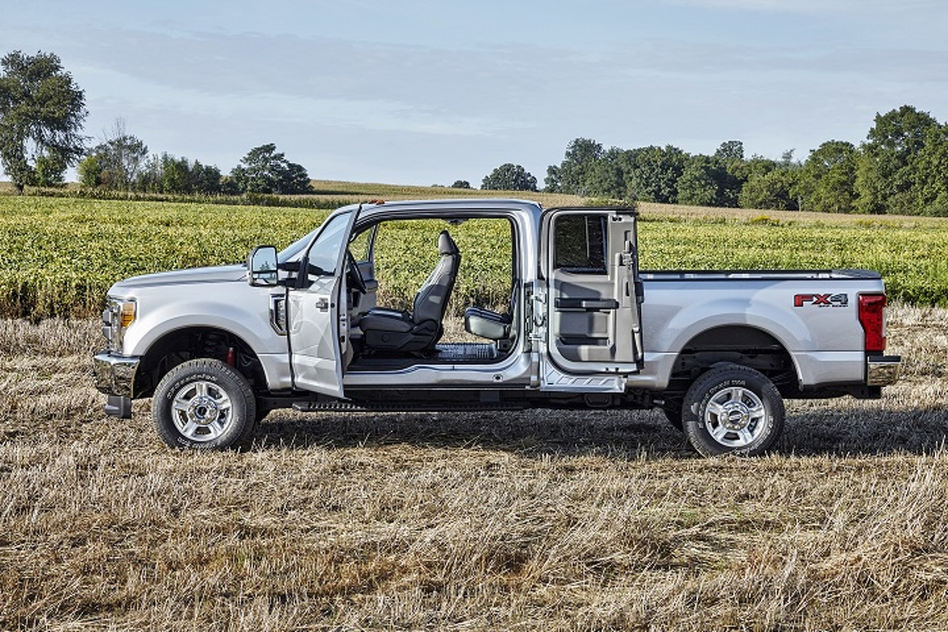 Ford's F-Series Super Duty Is the Best at Everything