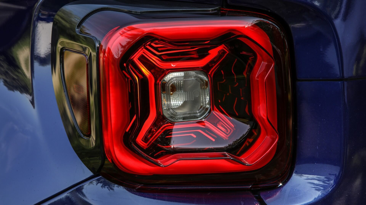 Jeep Renegade 2018 Teaser