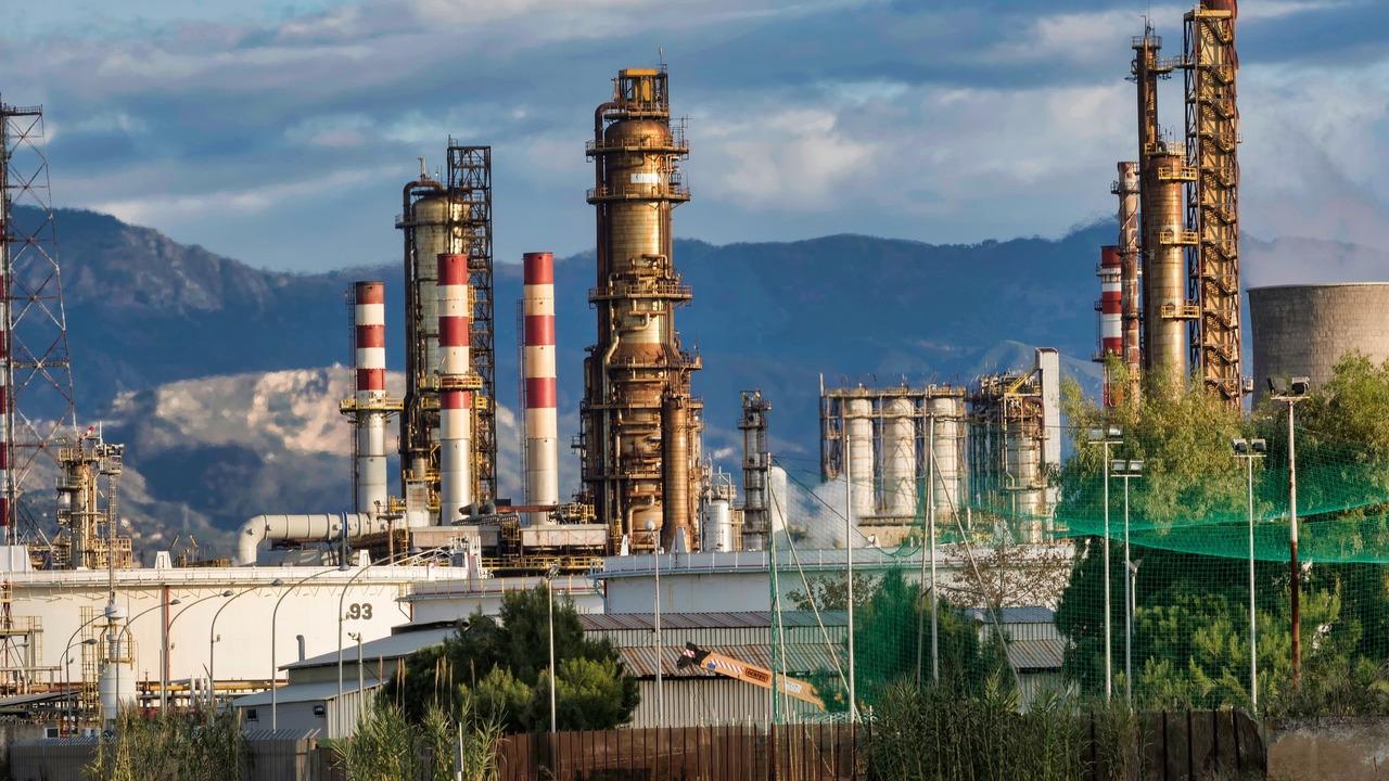 Une raffinerie dans le sud de la France