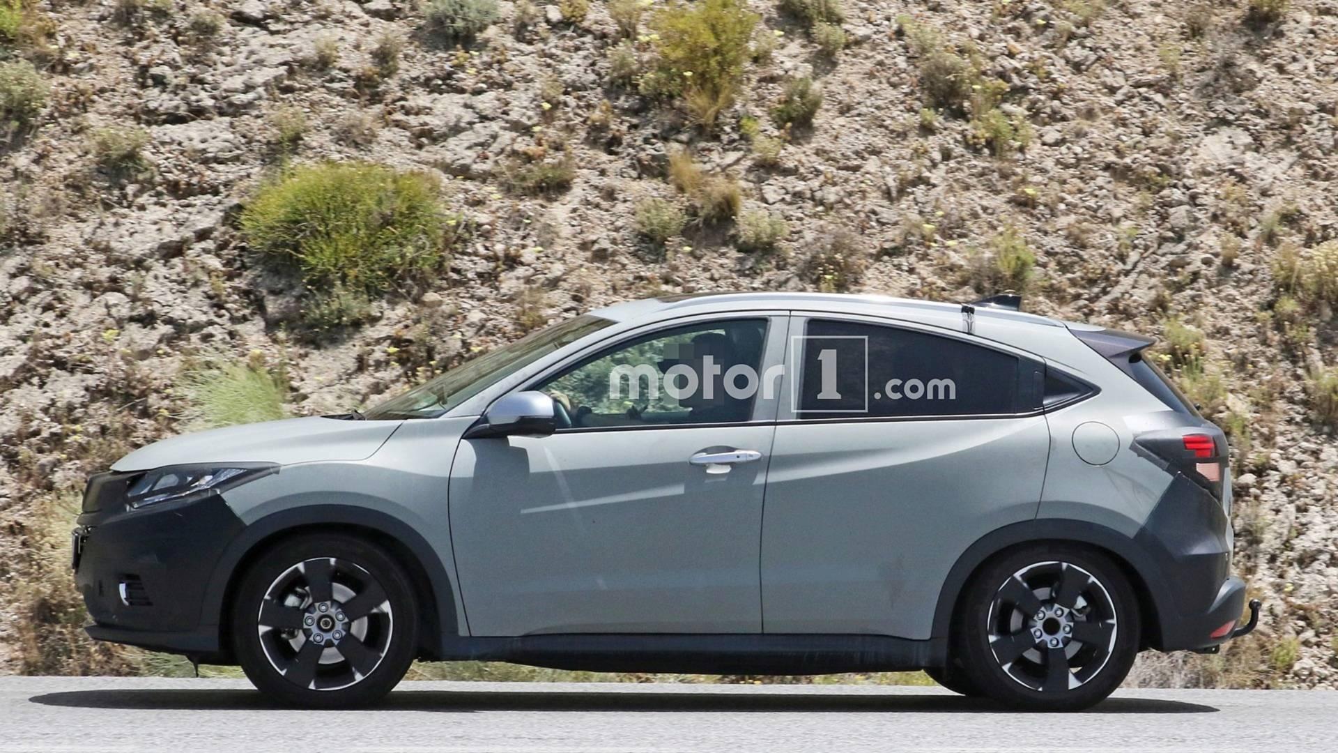 Honda Hr V Spied Hiding Discreet Facelift