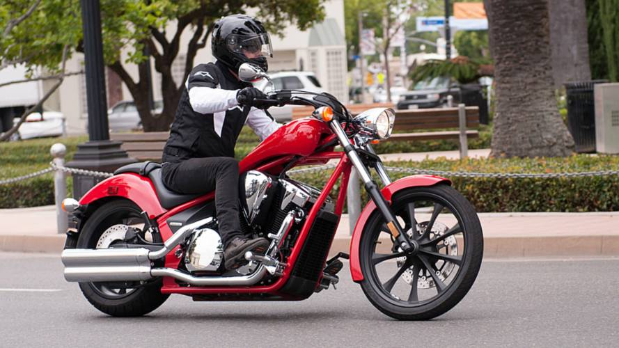 RideApart Review: Honda Fury VT1300CX