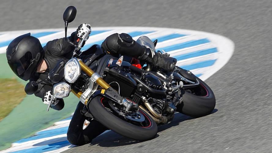 RideApart Review: Triumph Speed Triple R