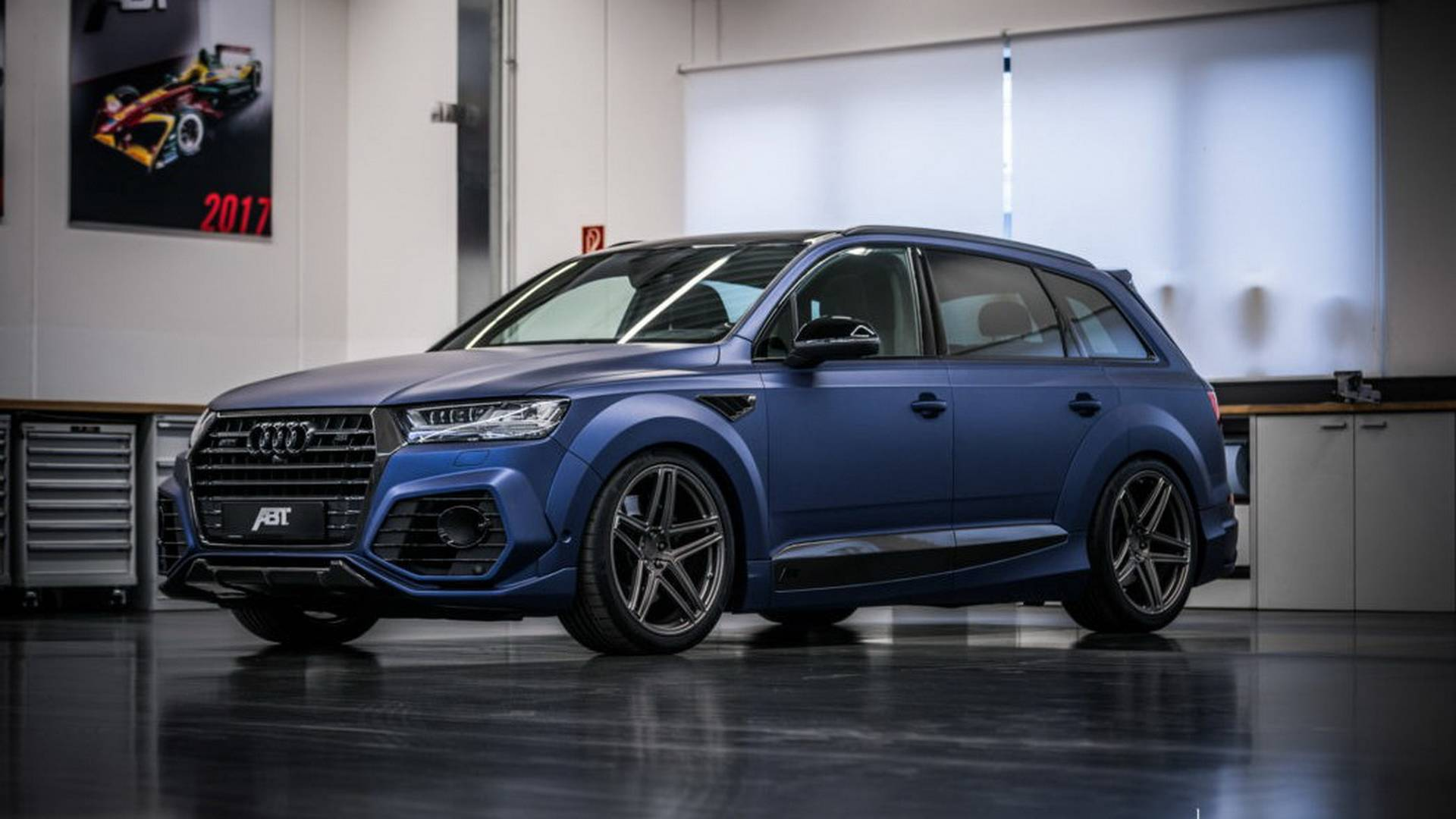 Audi Sq7 By Abt Detailed On Video 765 Lb Ft For 266 330