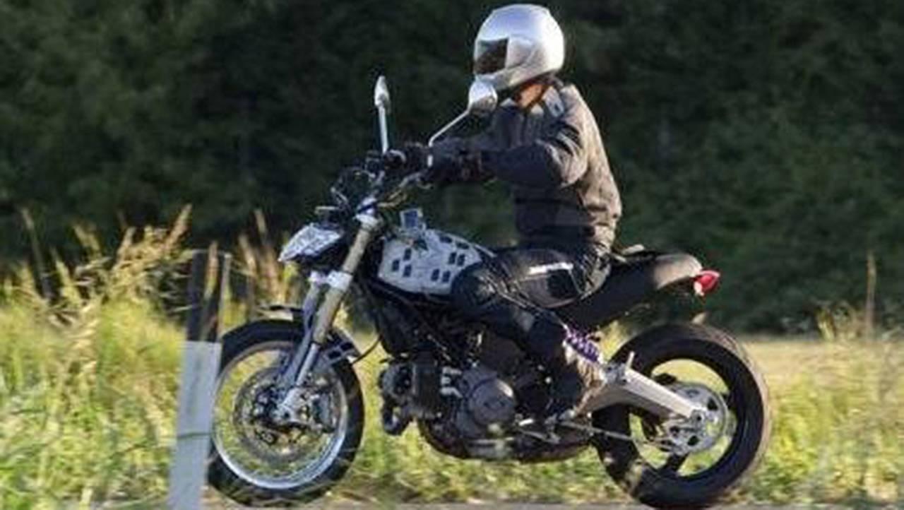 Leaked Online: 2014 Ducati Scrambler Spy Photo