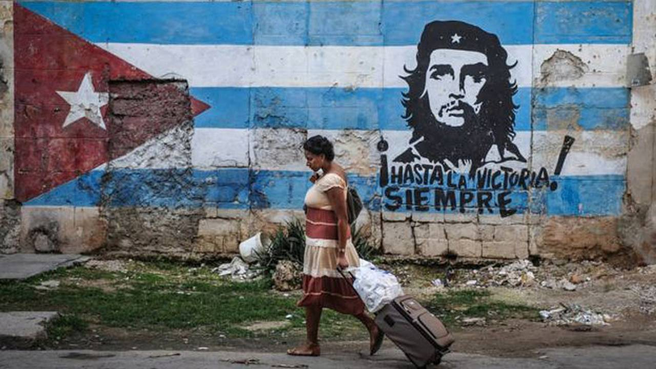 Che it Isn't So: Guevera's Son Gives In to Capitalism