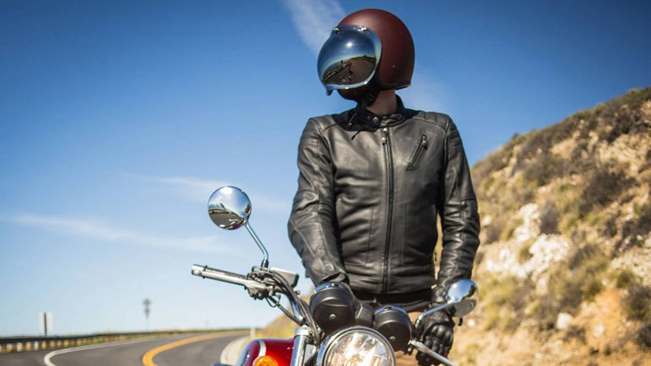 Urban Riding Gear that Looks Good and Functions On and Off the Bike
