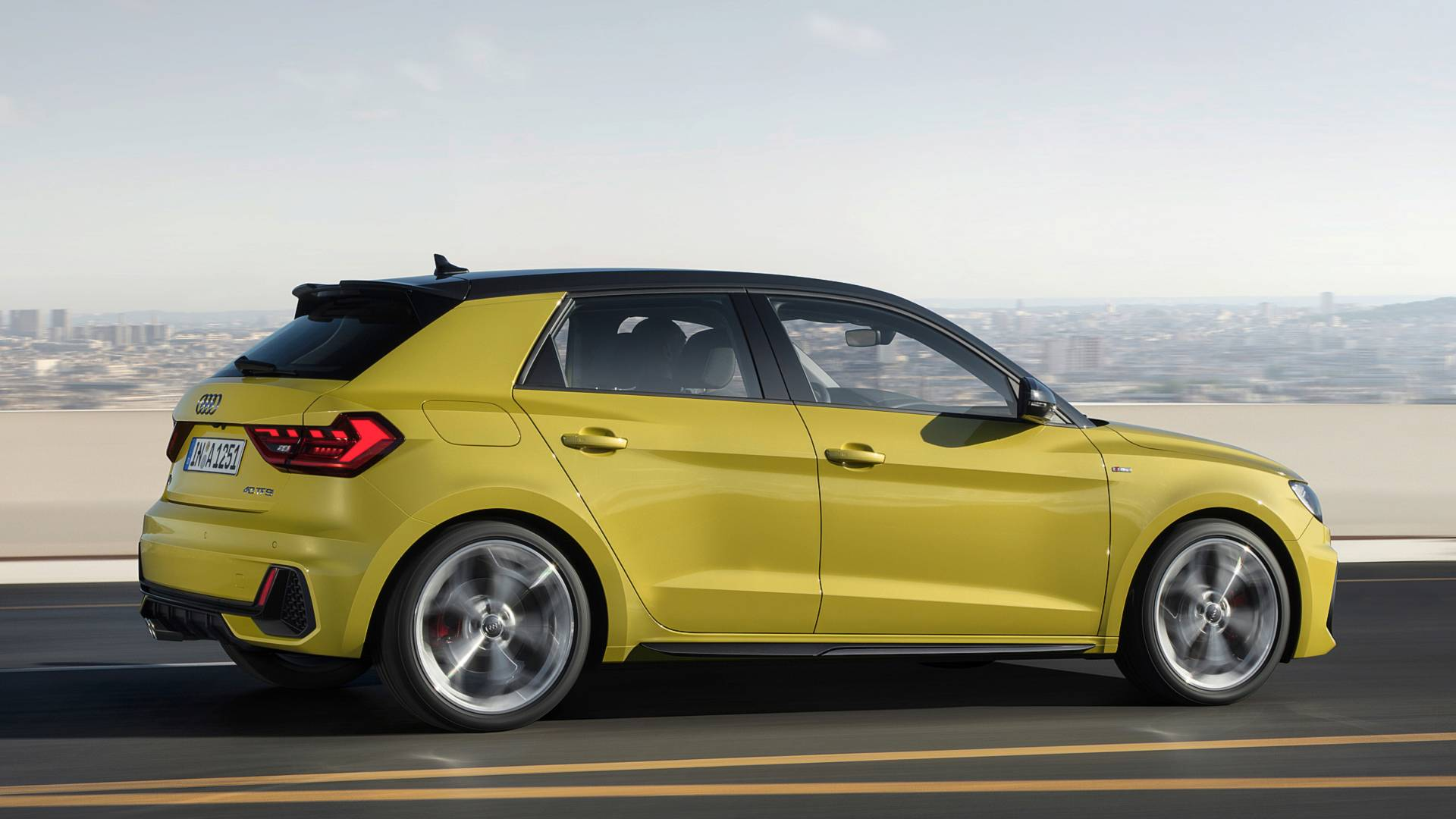 Audi A Sportback Is A Handsome Half Pint With Up To HP - Audi q1