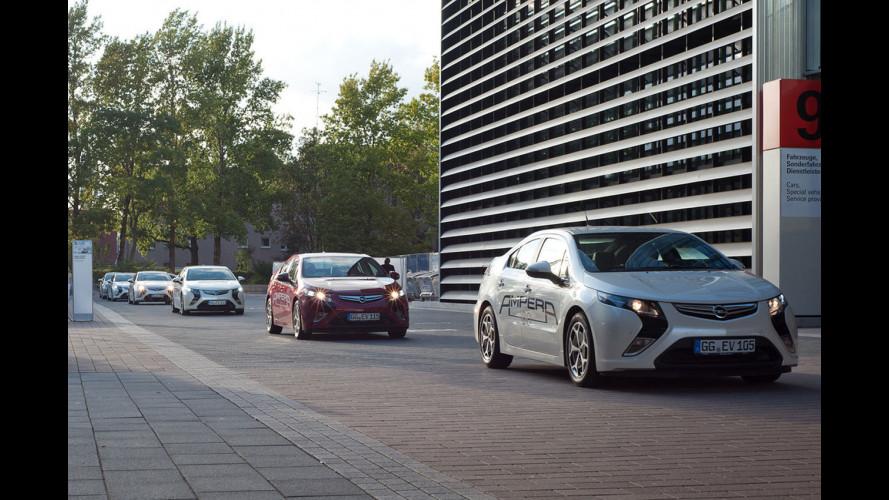 A Francoforte prove di convivenza fra pedoni ed auto elettriche