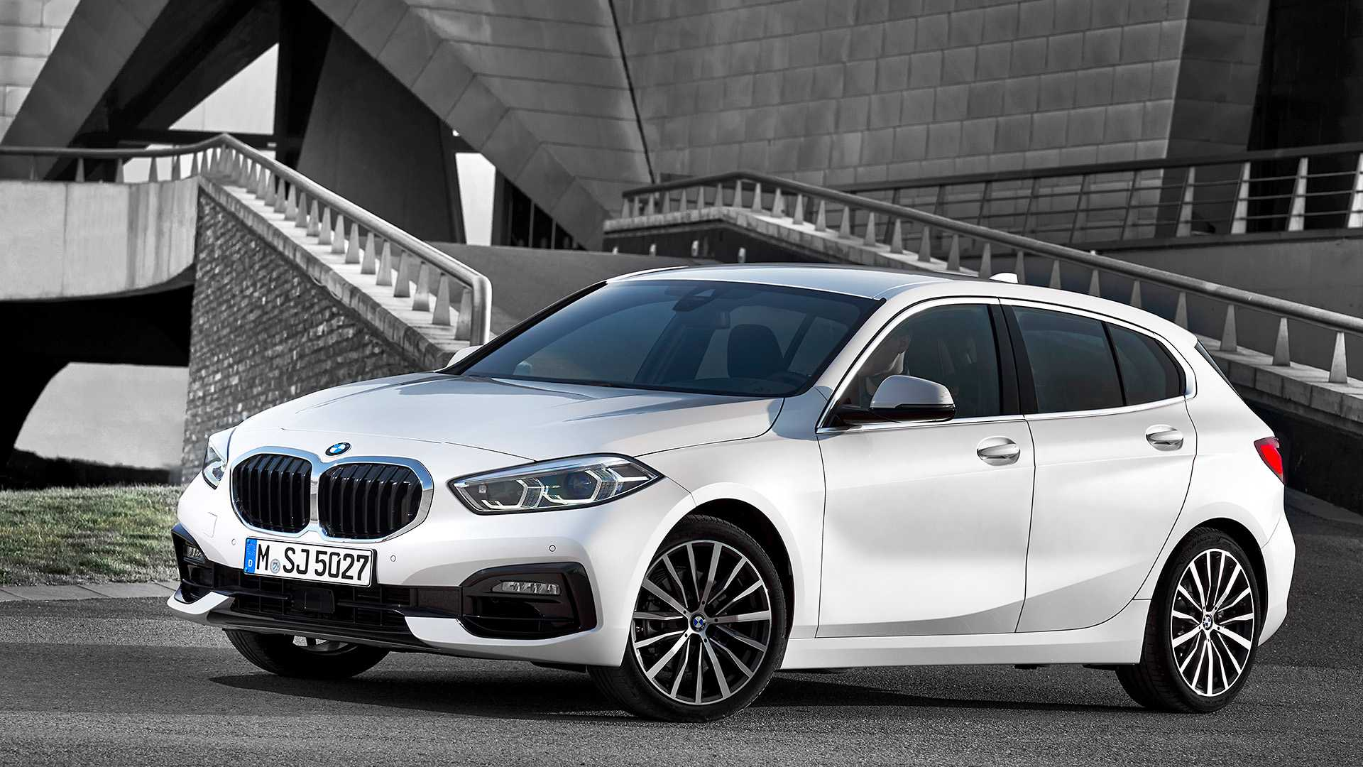 2020 Bmw 1 Series Have A Closer Look Via 7 Official Videos