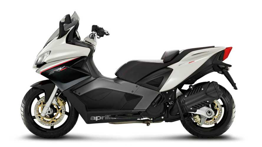 Aprilia SRV 850: Traction Control, ABS, and a 75hp V-twin.